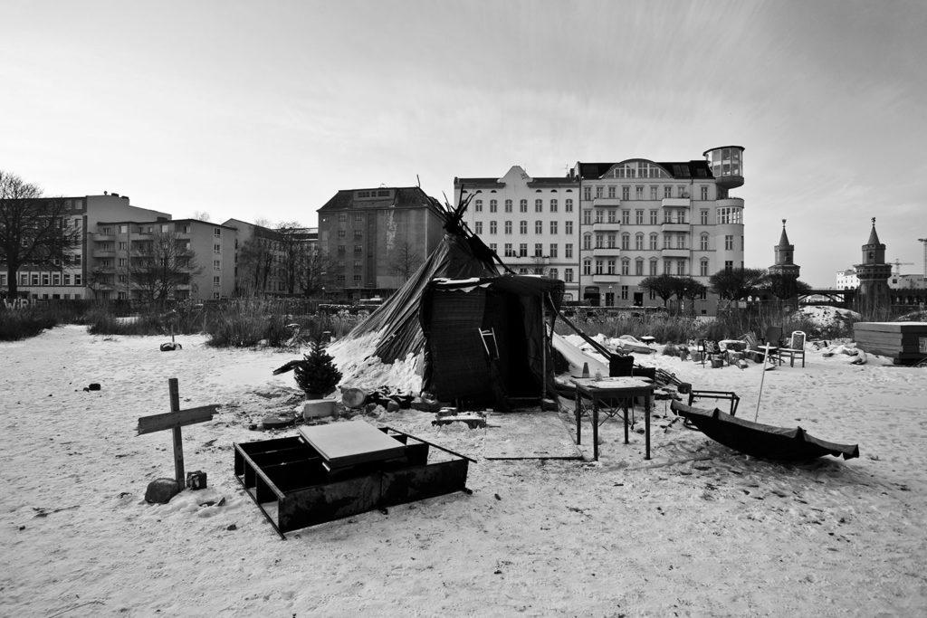 The Last Shelter © Sebastien Van Malleghem