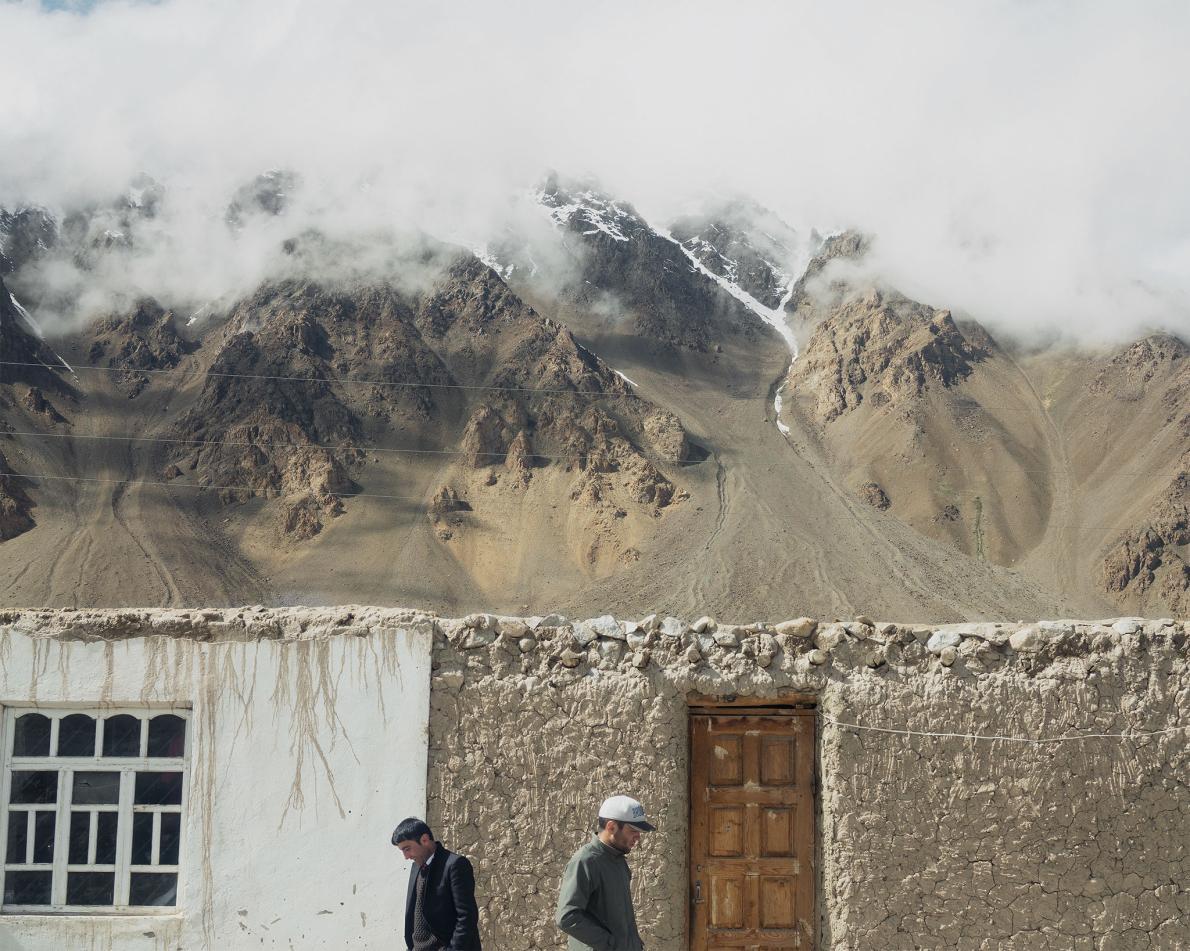 Lungo l'autostrada di Pamir Highway, da Khorugh verso Murghob. © Davide Monteleone