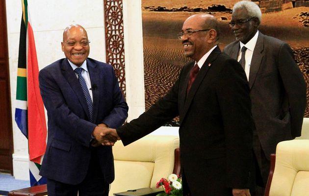 Il Presidente Sud Africano Zuma incontra il suo omologo al Bashir - credits: timeslive.co.za